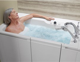If Youu0027re Looking For Top Of The Line Walk In Bathtubs For Your Home In Or  Around Minneapolis, Look No Further Than Our Selection Of Kohler Walk In  Tubs.